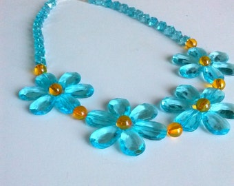 Chunky Aqua Daisies, Beaded Necklace, 19 Inches