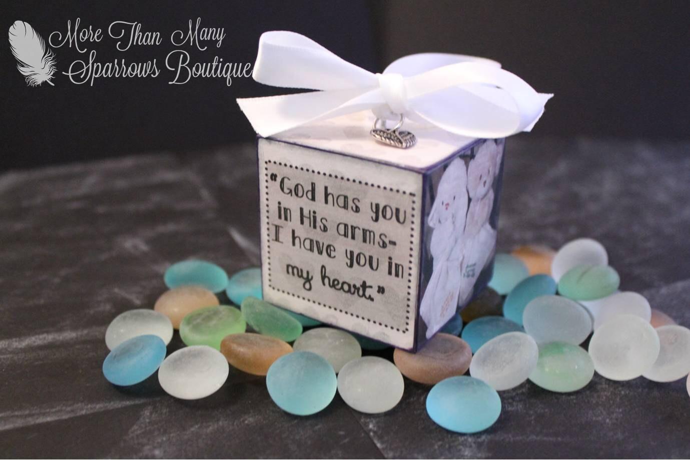 Miscarriage Memorial Keepsake Sympathy Gift Photo Cube