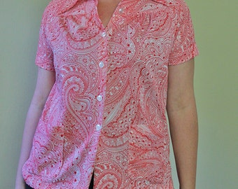 Vintage Red Paisley Print Uniform Shirt - Ladies Short Sleeve Button-Up - 1960's Blouse - Pocket Shirt - Ladies Size Large