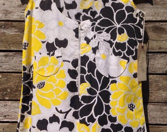 1960's Black, Yellow and White Zipper Front Smock Blouse