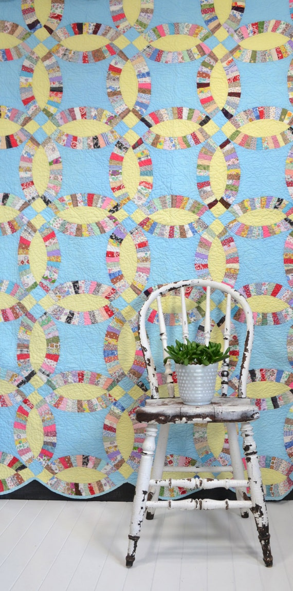 Vintage Double Wedding Ring Quilt Blue And Yellow Vintage