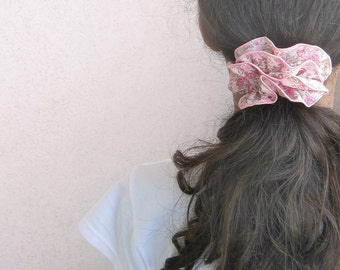 SCRUNCHIE in LIBERTY of London tana lawn, TATUM print - strong elastic band
