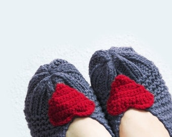Heart Knit Slippers Woman in Grey, House Shoes, Women Sokcs, Wool Socks, Tweed Slippers, Winter Accessories