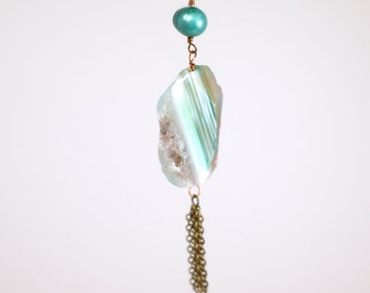 Long Green Agate Stone and Pearl Necklace