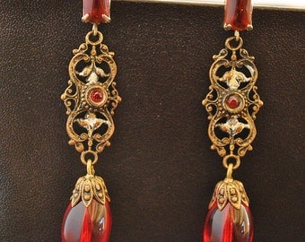 VINTAGE RED CABOCHON dangling earrings