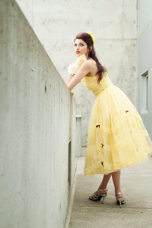 Vintage 1950s dress yellow tulle pastel sunshine lemon