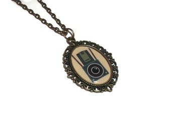 Camera Cameo Necklace, Bronze, Vintage Camera, Photography