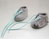 Felted Baby Booties pram Shoes Baby Slippers natural light grey and mint green wool lace up