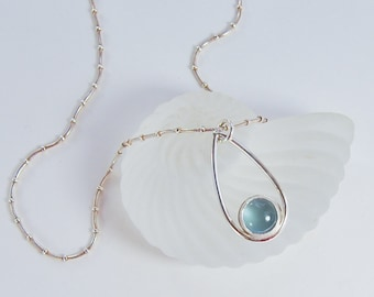 Modern Aquamarine Necklace . Sterling Silver