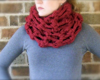 Crochet Shawl Patterns With Bulky Yarn : DIY Crochet Pattern: triangle scarf chunky bulky yarn