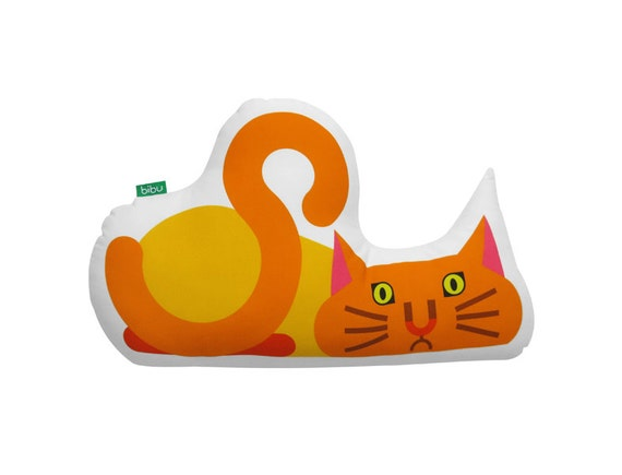 Cat 100% cotton decorative cushion by Bibu.