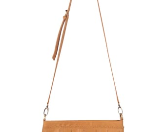 INDIE. Leather purse / Crossbody bag / small leather bag / small leather purse / boho leather purse. Available in different leather colors.