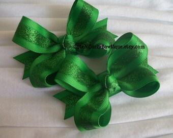 Christmas Hair bows Glitter Green Girls Hair bow Green Glitter Bow Hair bow Set Baby Headbands Christmas Bows Twisted Boutique Bow Hair bows
