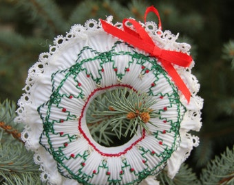 Smocked Wreath Ornament Kit, Embroidery, DIY Craft Kit