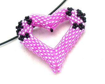 Beaded Heart Necklace, Hot Pink Jewelry, Beadwork Heart Pendant, Rose Love Heart, Pop Art Jewelry, Black & Fuchsia Necklace -Made in Germany