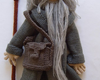 Knitting pattern to make Gandalf the Grey Wizard with backpack and staff