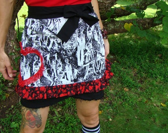 Walking Dead Half Apron / Zombie Apron / Zombies and Blood Splatter Apron /  zombie kitchen