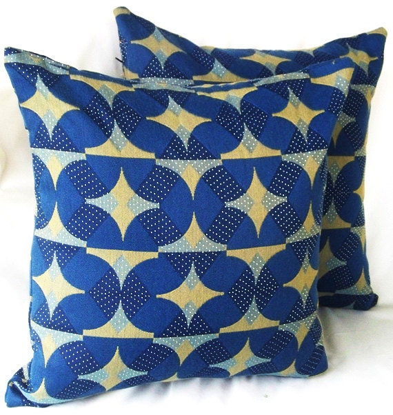 Items similar to Blue pillow covers, navy blue pillows, Geometric pillow, blue and brown pillow ...