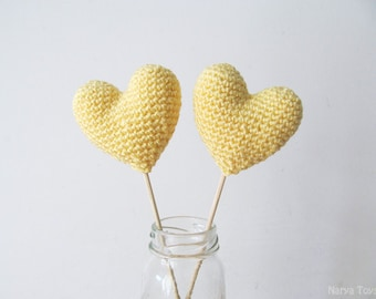 Amigurumi Crochet Straw Heart (Set of 2) - Cake topper - Wedding table decor - Birthday party decoration