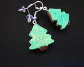 Christmas tree earrings, food jewelry, miniature, green, glitter