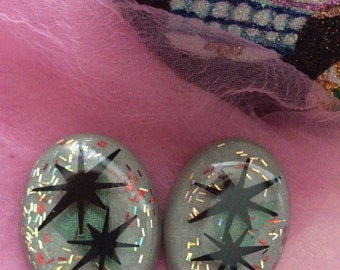 Atomic Stars and Gray/Silver Lucite Earrings