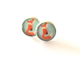 Foxy Resin Silver Post Earrings