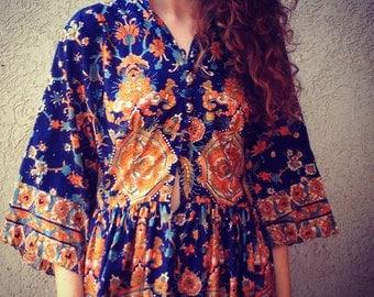 Vintage 1970s Dress Oscar de la Renta Boutique BoHo Bohemian Rich Hippy Hippie Fabulous Printed Maxi Dress Eu 38 Us 8