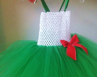 Toddler/Girls  Christmas Dress size 12 months to Girls 10/12  green,red and white with hairbow OR headband