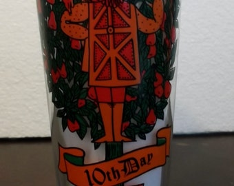 16oz 10th day- 12 Days of Christmas by Indiana Glass Company