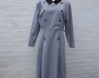 Smart 80s office midi dress houndstooth black and white vintage UK size 12 women's clothing Summer coat style urban dress black collar.