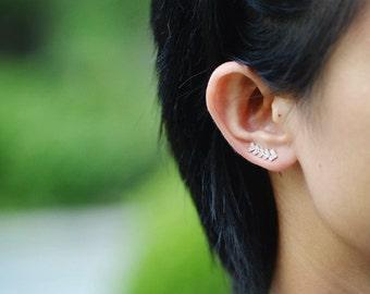 925 Sterling Silver Arrow Ear Cuffs 692