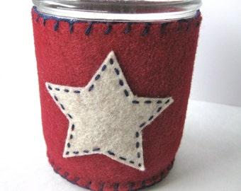 Mason Jar Cozy - Oatmeal/Natural Star on Maroon Felt, Pint Jar Size