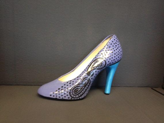 handpainted ceramic glazed high heel shoe