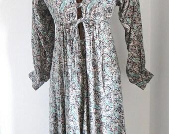 Vintage Boho Dress by David Silverman -  Paisley Patterned Size UK 8 - Size UK 10 - 1970s