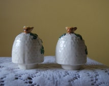Vintage Salt and Pepper Shakers, Honey Bee and Hive, Hand Painted Ceramic, Mid Century