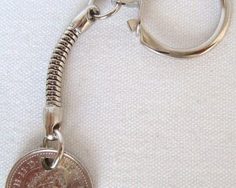 2007 British Five Pence Coin Keyring Key Chain Fob Queen Elizabeth II