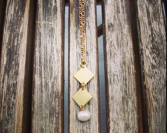 Long boho necklacr, white and gold