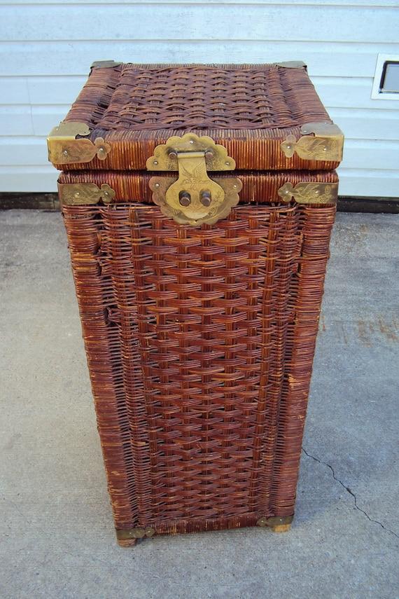 Vintage 28 Tall Laundry Basket Wicker Hamper Storage