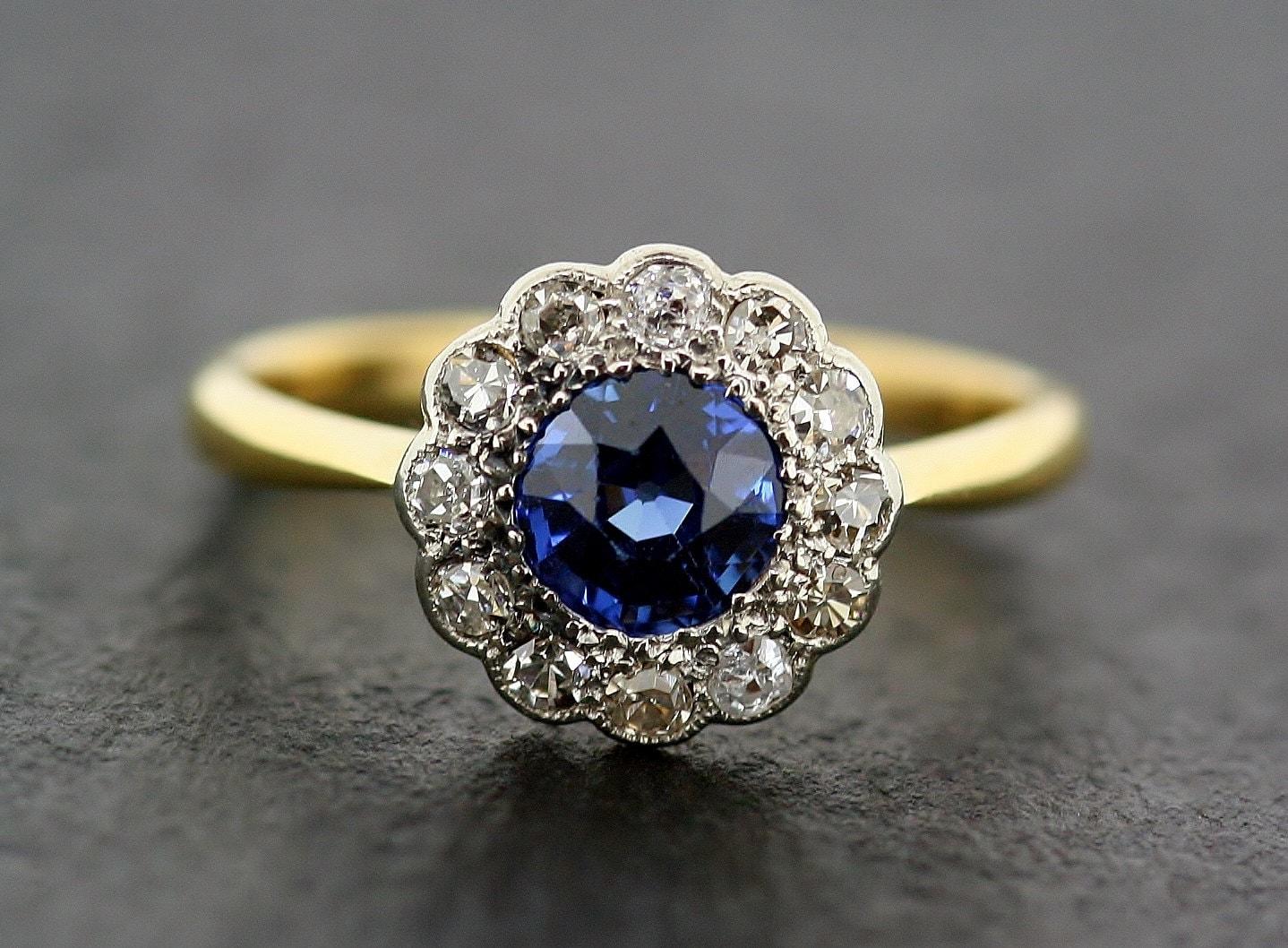 antique sapphire engagement ring 1930s sapphire diamond. Black Bedroom Furniture Sets. Home Design Ideas