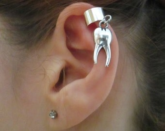 Tooth ear cuff earring