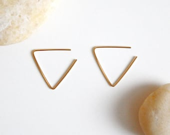 Triangle Hoop Earrings-14K Gold Filled Wire Triangle Hoop Earrings - Hoop Earrings - Simple Geometric Earrings