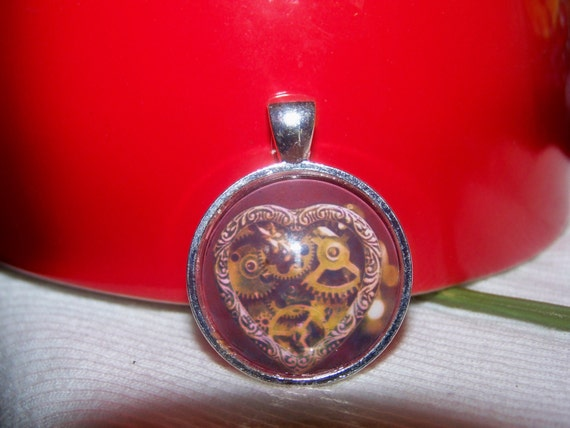 Glass Cabochon Pendant/Mechanical Heart