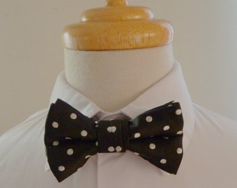 Black and white polka dot silk baby bowtie/ boys bowtie / children's bowtie