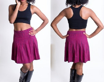 Vintage 1990's Navy Blue and Pink Plaid Skirt / Clueless / School Girl / Size Small / Empire Records