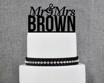 Personalized Mr and Mrs Last Name Wedding Cake Topper in your Choice of Colors, Modern Wedding Topper, Elegant Wedding Topper- (T070)