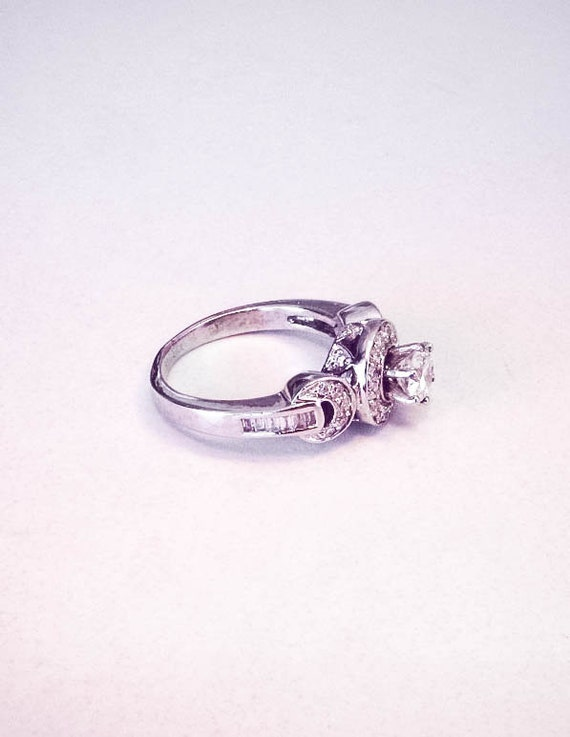 linked 18k white gold engagement ring by
