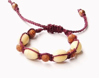 Macrame Hemp Bracelet - palmatania & camajuro seed beads, burgundy hemp - hippie bracelet, boho bracelet, tropical, natural seed beads