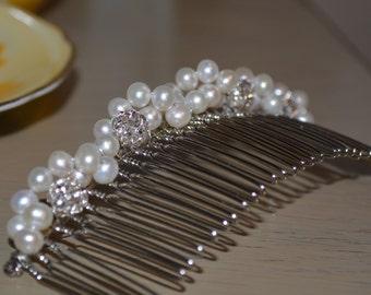 Rhinestone Hair Comb, Fresh Water Pearl Bridal Haircomb, Freshwater Pearl Haircomb, Wedding Veil Comb