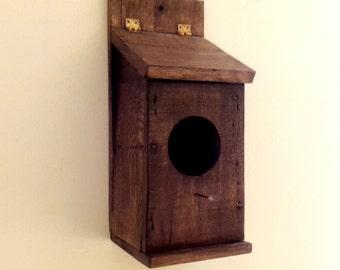 Rustic birdhouse, gifts for him, pallet wood birdhouse, outdoor indoor birdhouse, woodworking, reclaimed birdhouse, father's day gift