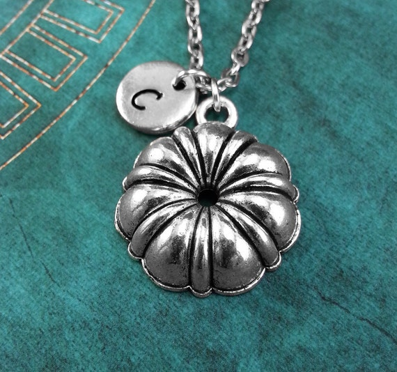 Cake Pan Necklace Personalized Necklace Cooking Necklace Baking Necklace Gift for Baker Monogram Necklace Mother's Day Necklace Baking Gift